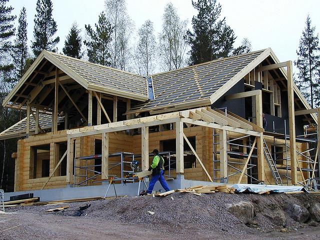 Строительство бревенчатого дома